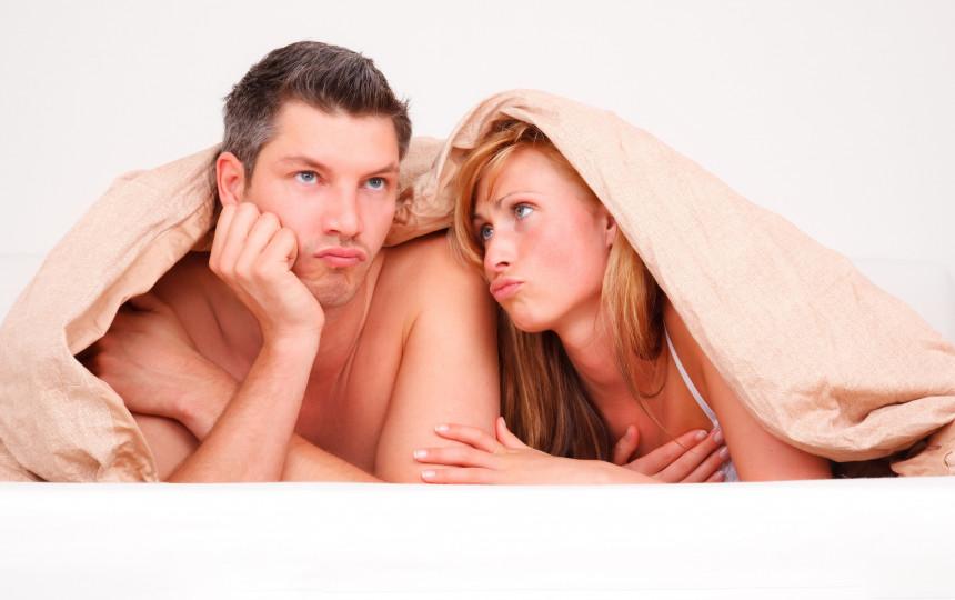 moteris gali padėti vyrui atlikti erekciją